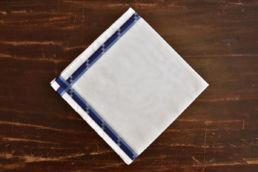 Mouchoir blanc en coton et bords trio bleu Simonnot Godard
