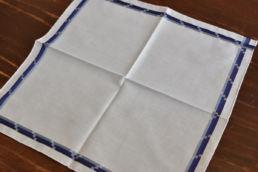 mouchoir bleu en coton