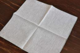 pochette blanche coton lin liseré vert