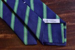 Cravate bleu marine rayures vertes