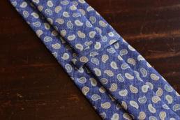 Cravate bleu pale imprimé cachemire Calabrese