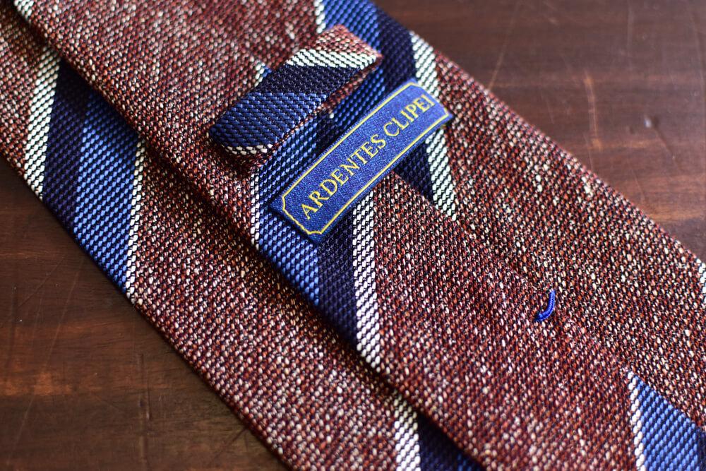 Cravate club non doublée rouge pale et rayures-2