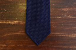 Cravate grenadine de soie bleu marine