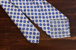 cravate non doublee blanche a fleurs-1