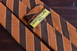 cravate club orange marron