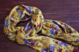 Écharpe jaune en laine et yack imprimé chasseur moghol-4