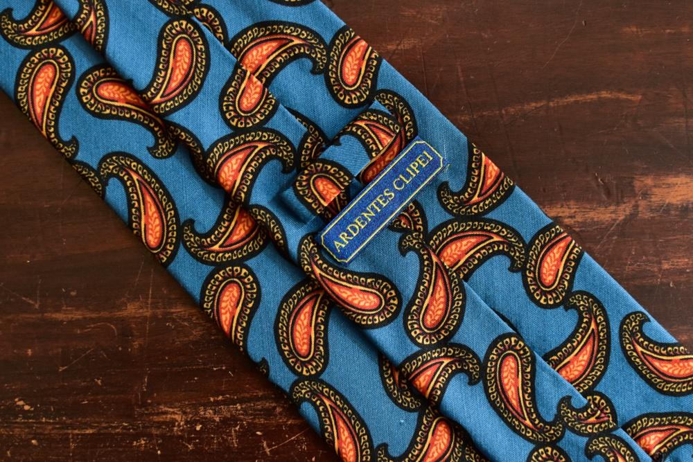 cravate twill de soie et laine bleu paisley orange