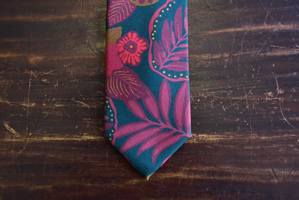 cravate twill de soie imprime floral rouge-4